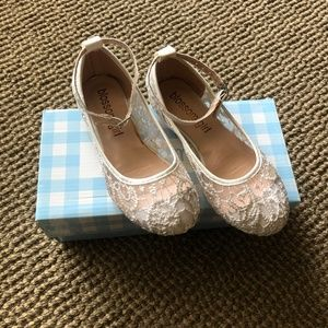 Girls Ivory/Crochet Ballet Flat w/ Ankle Strap